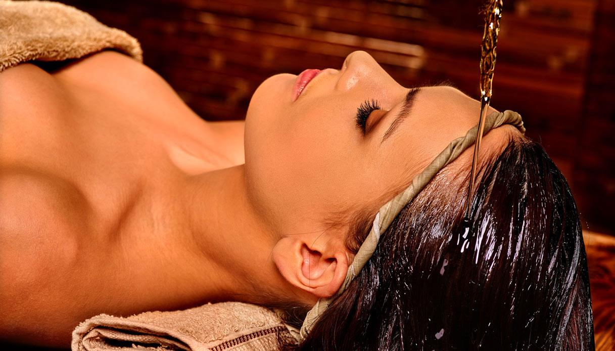 Massaggio shirodhara
