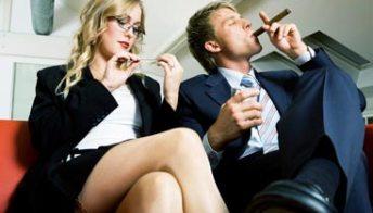 Il fumo fa male anche al sesso e al matrimonio