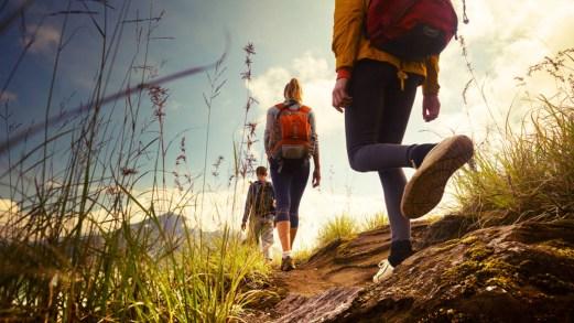 Camminare in montagna fa bene: tutti i vantaggi