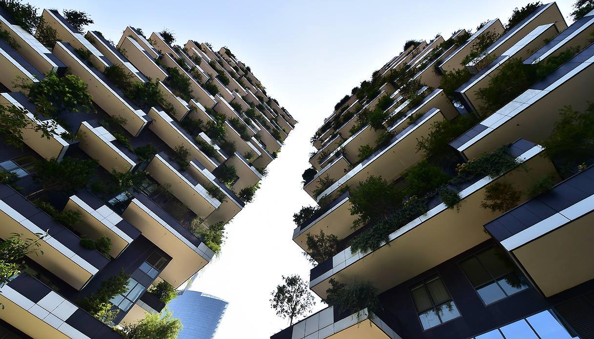 Bosco Verticale Appartamenti Costo rapper, calciatori e vip nel bosco verticale: chi vive nel
