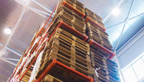 storage of pallets in stock