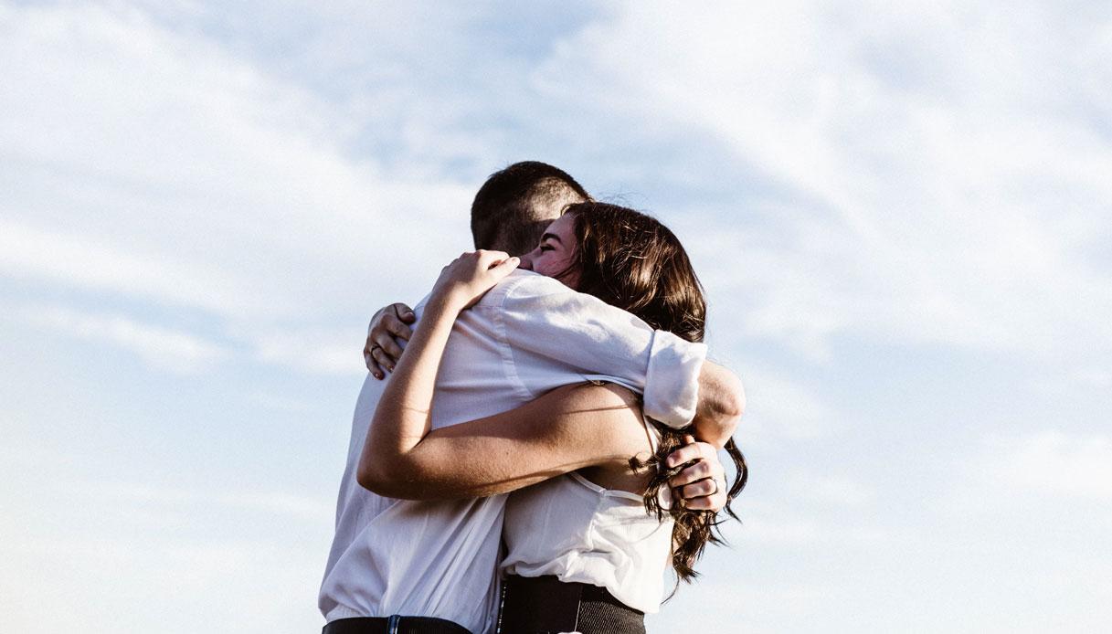 L'incredibile potere di un abbraccio e tutti i suoi benefici | DiLei