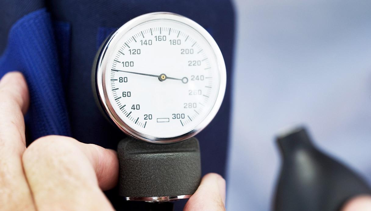 Ipertensione: tre rimedi naturali per controllare la..