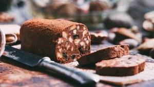 Il salame di cioccolato si può fare in casa senza uova