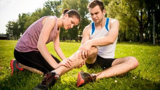 Corsa, caldo e crampi: cosa è utile fare per prevenirli?