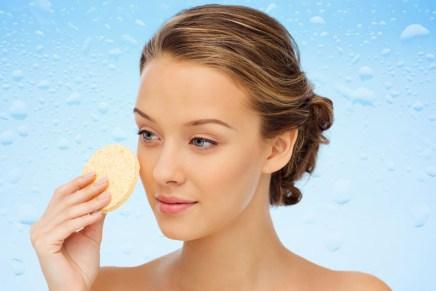 Come difendere la pelle del viso dallo smog