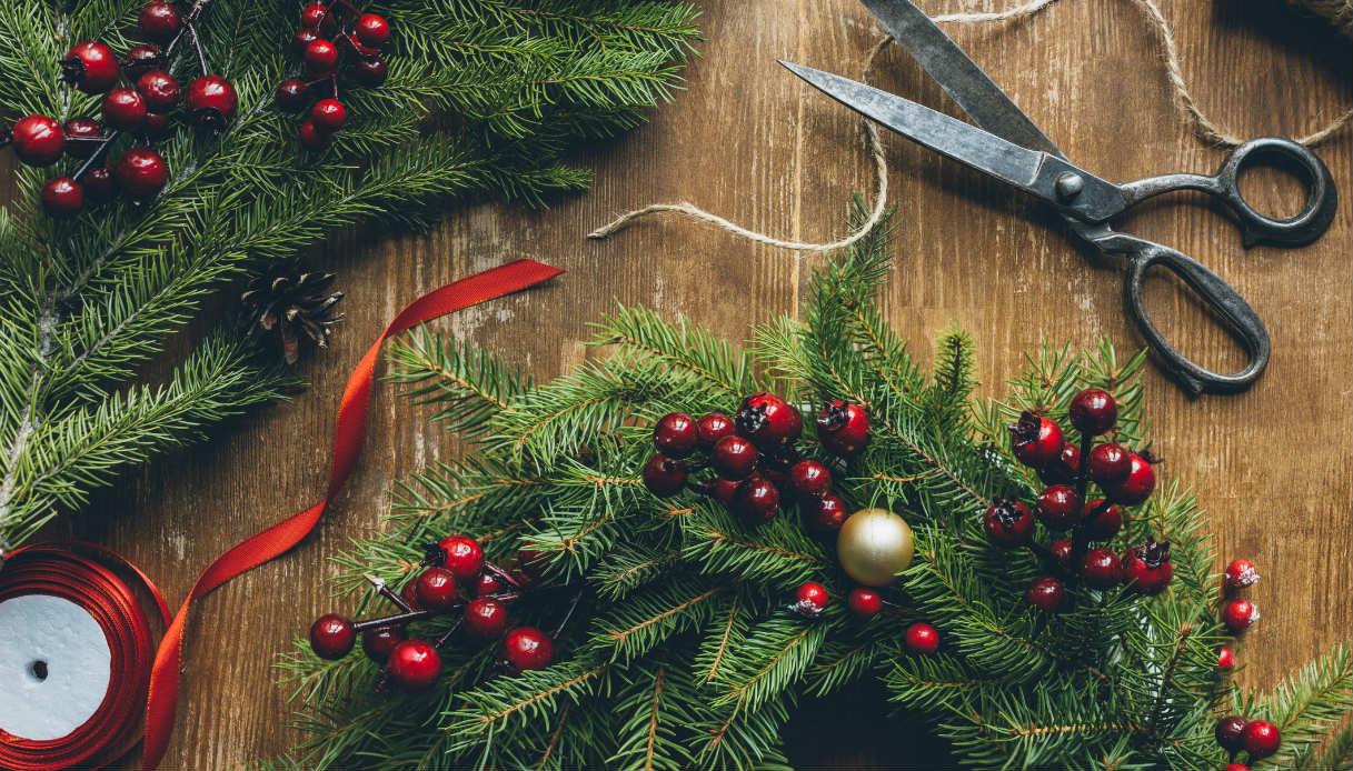 Idee Di Riciclo Per Natale ghirlande di natale fai da te con materiali riciclati | dilei