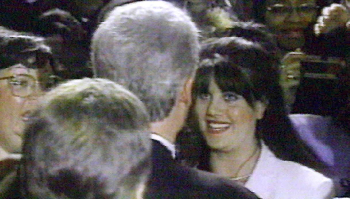 Monica Lewisky e Bill Clinton, quando lei era una stagista alla Casa Bianca (1995-1996)