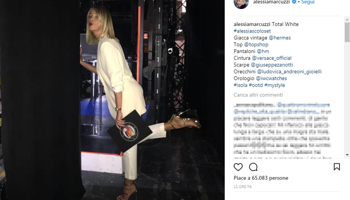 Alessia Marcuzzi completo pantalone