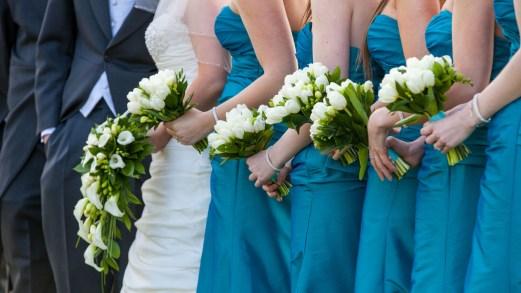 Matrimoni in primavera: i colori più chic per le invitate