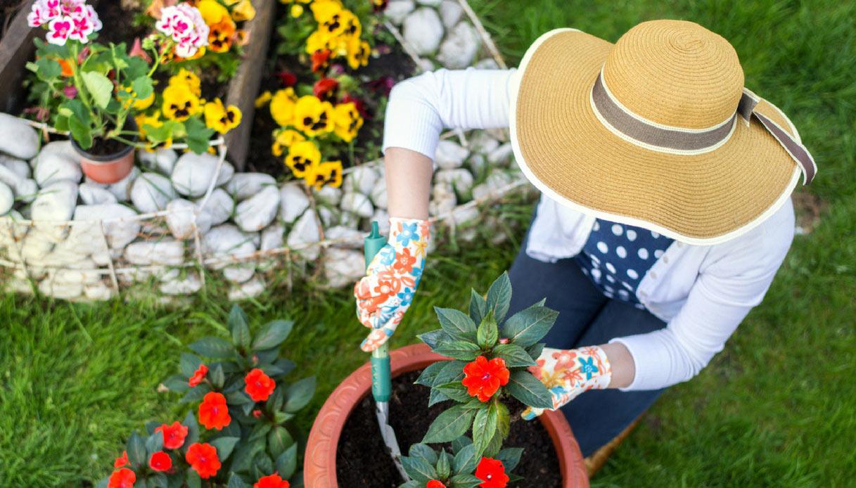 regali-per-appassionati-di-giardinaggio-cappello-paglia