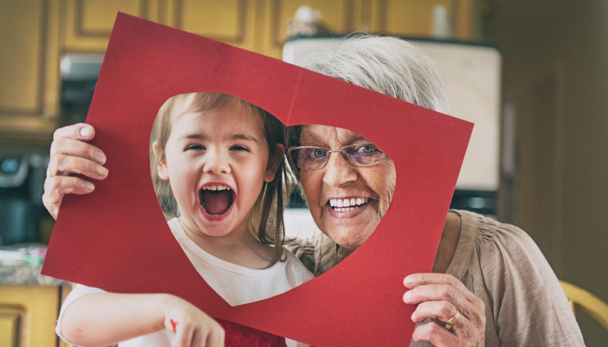 regali-per-nonni-cornice-carta