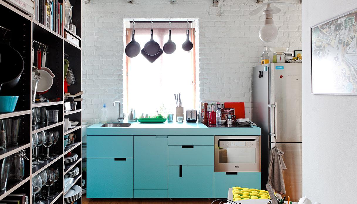 mobile azzurro cucina vintage