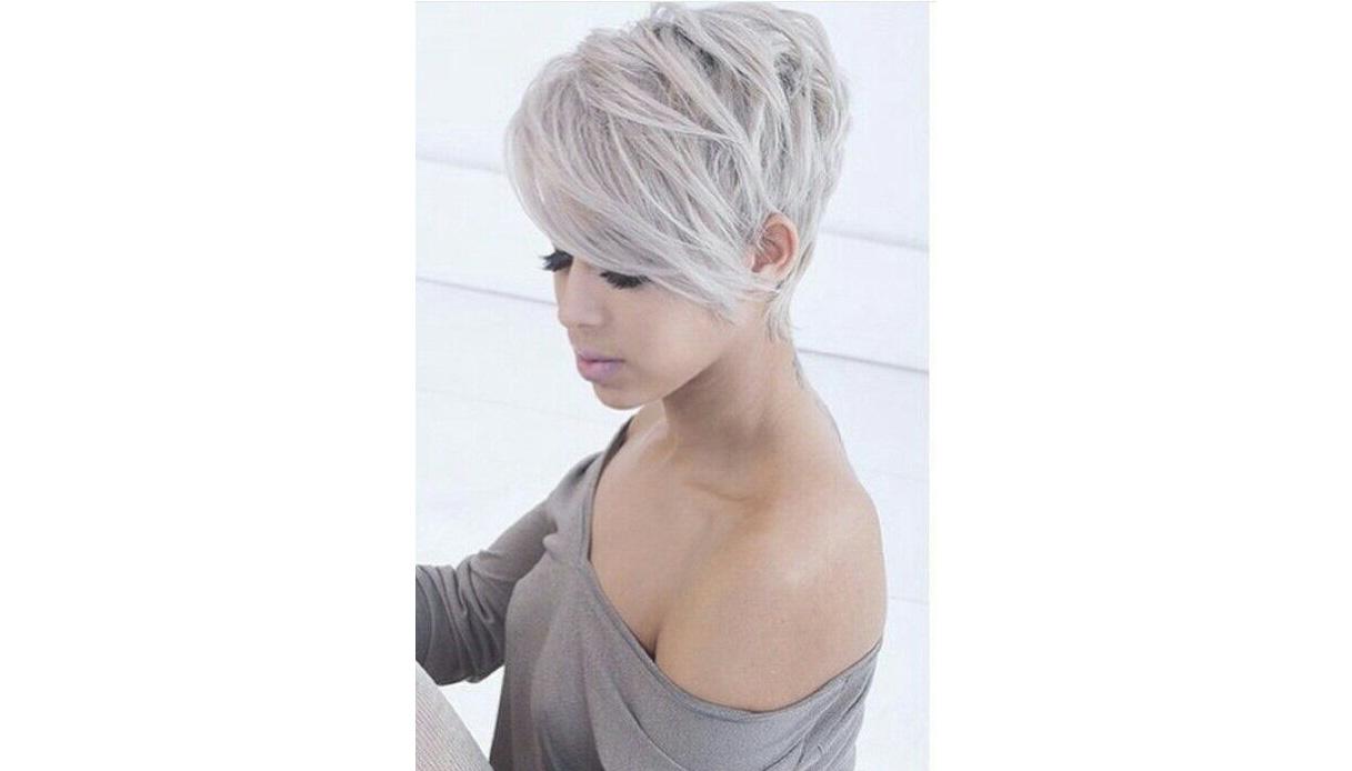 I colori make up se hai ceduto al fascino dei capelli grey