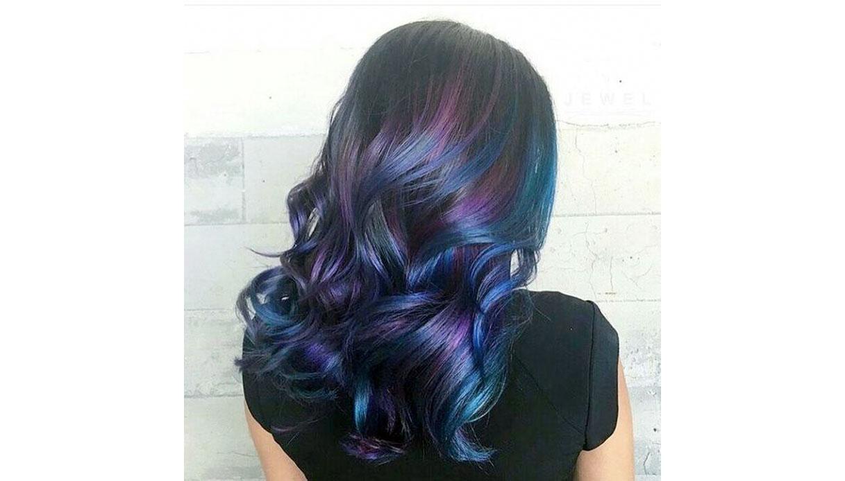 Tinta unicorn per capelli scuri