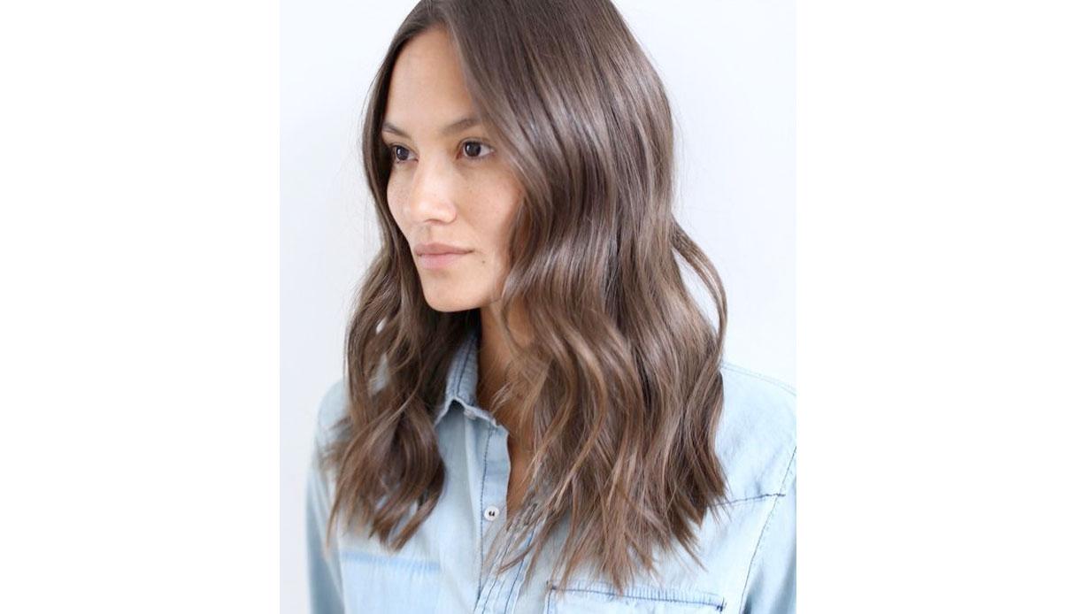 Flat waves con i capelli medi