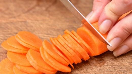 Dieta della carota: dimagrisci fino a 8 kg e hai un'abbronzatura perfetta