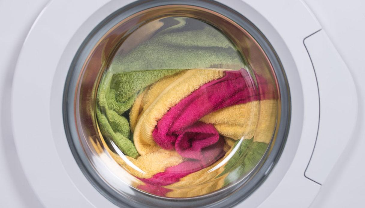 Come Lavare Il Lino lavare correttamente i tessuti (per non rovinarli) | dilei