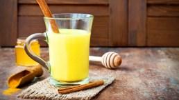 Golden Milk, il latte d'oro alla curcuma contro l'influenza