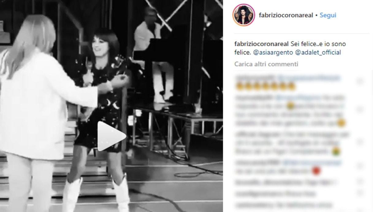 Asia Argento nel post di Corona su Instagram