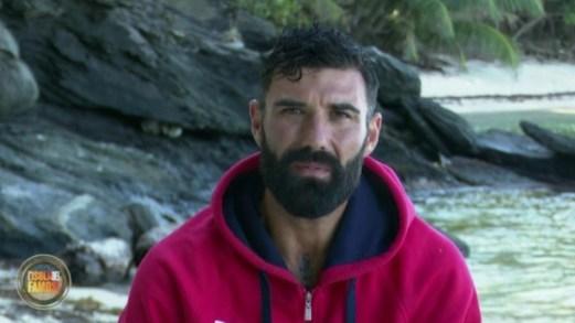 Isola, John Vitale si ritira dopo gli insulti a Barbara D'Urso