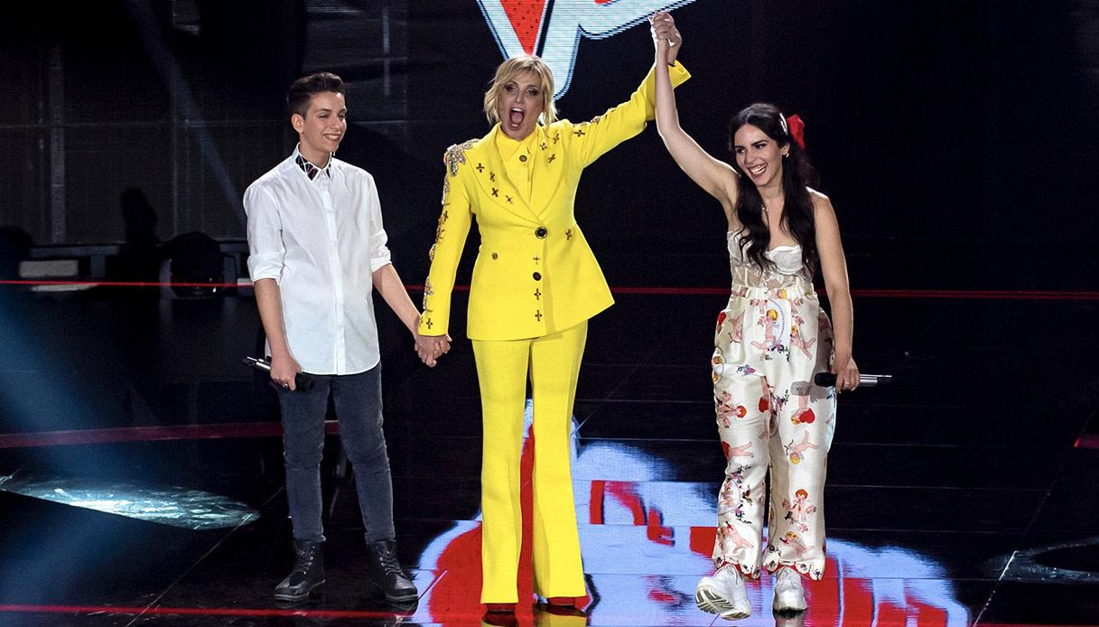 Ventura look giallo per The Voice