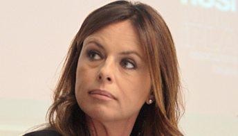 """Il dramma di Paola Perego: """"Mio padre gravemente malato. Mi sento impotente"""""""