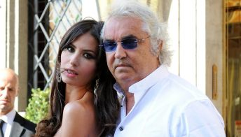 La Gregoraci sorride con Briatore dopo la delusione per Sanremo e le parole della Bosi