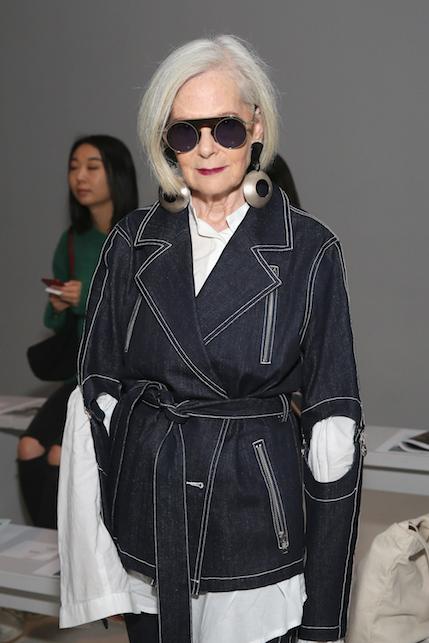 Casual ma eleganti dopo i cinquanta: idee di look