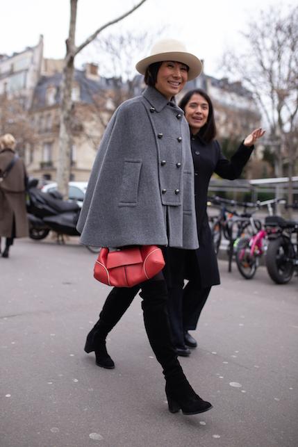 Come indossare la mantella: consigli di stile