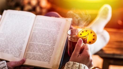Regalarsi solo libri a Natale e leggerli insieme il 25, la tradizione islandese dello Jólabókaflód