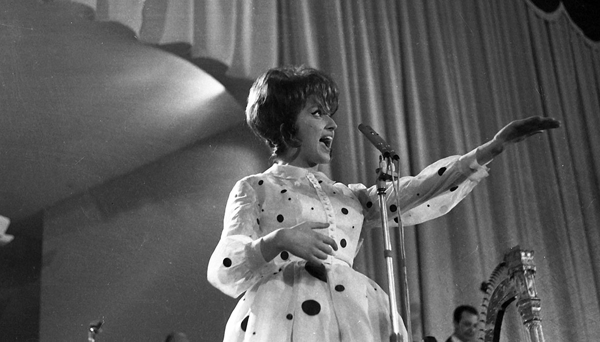 "Sanremo '61: Mina e ""Le mille bolle blu"" | DiLei"