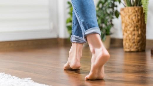 Coronavirus Sars2-Cov-19, la camminata in casa per conservare i muscoli