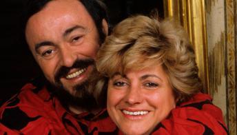 Chi è Adua Veroni, la prima moglie di Luciano Pavarotti