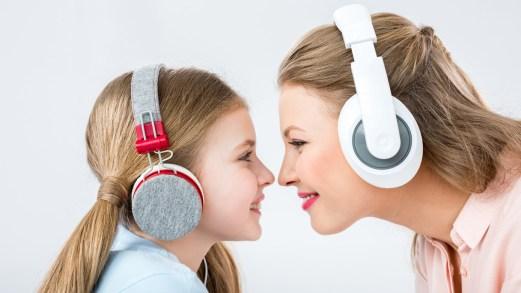 """La nostra playlist di canzoni per dire: """"Grazie mamma!"""""""