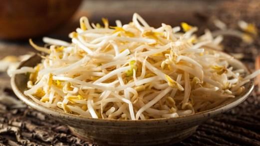 Germogli di soia, gli effetti sul peso e sul colesterolo