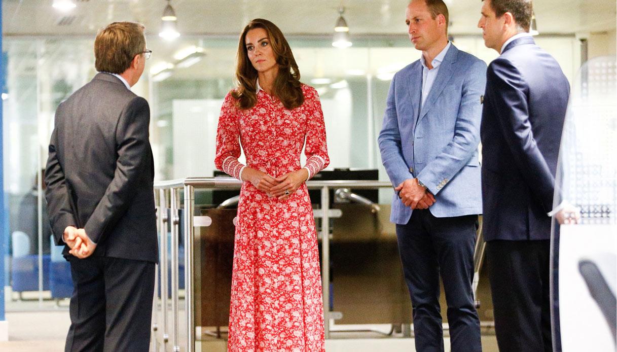 Kate Middleton torna in pubblico |  delude col look e ruba gli orecchini a Meghan Markle