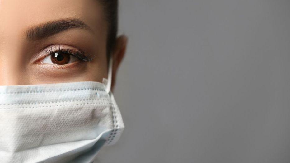 Trucco labbra mascherina: ecco come far durare il rossetto senza sbavature