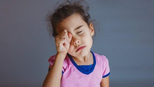 Sonnambulismo nei bambini: come si manifesta e cosa fare