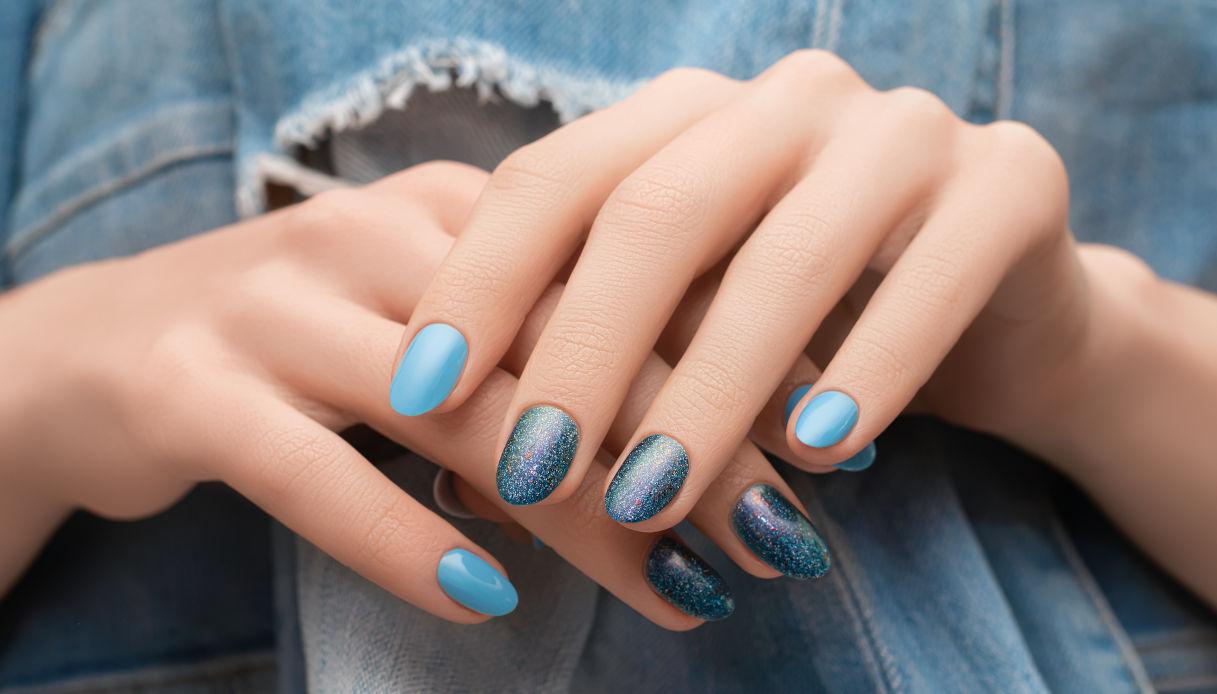 Manicure denim