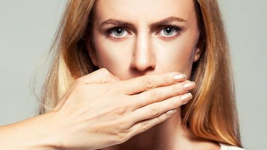 Salivazione eccessiva: le cause della scialorrea