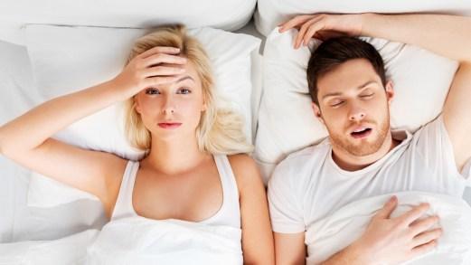 Mal di testa da rapporto sessuale: cause, sintomi, terapie