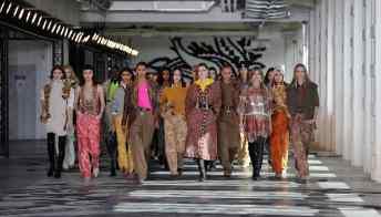 Femminilità tra presente, passato e futuro: il fil rouge della Milano Fashion week