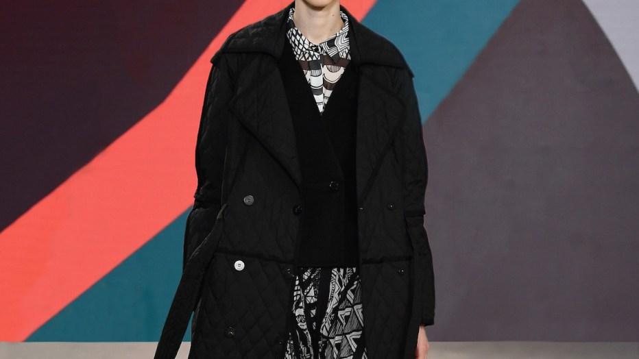 Back in black: nero sulle passerelle della Milano Fashion Week