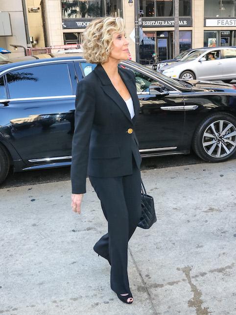 Jane Fonda in tailleur