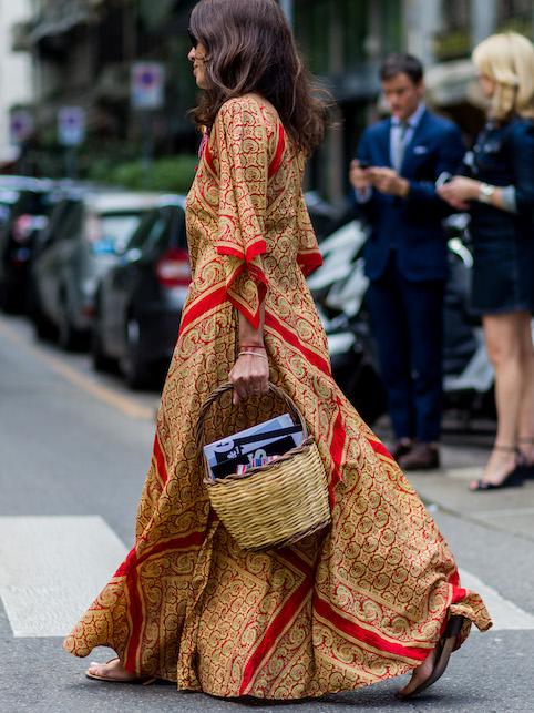 Look boho chic: borsa di paglia