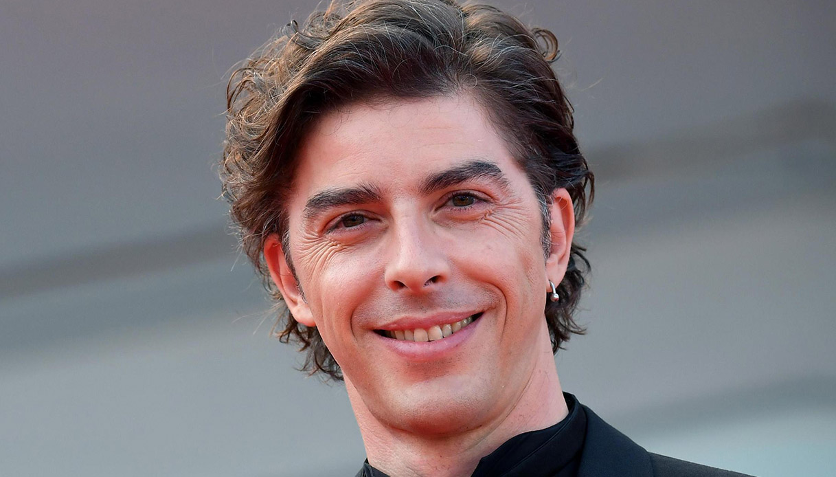 Michele Riondino compie 42 anni: cosa fa oggi l'attore   DiLei