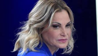 """La Ventura criticata per la foto senza trucco, Nicoletta Larini: """"Come vi permettete?"""""""