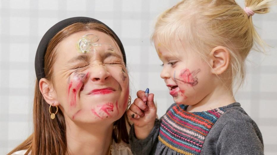 Come scegliere la babysitter: tutto quello che devi sapere
