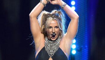 """Britney Spears: """"Giudicata e insultata tutta la vita, lasciatemi ballare"""""""